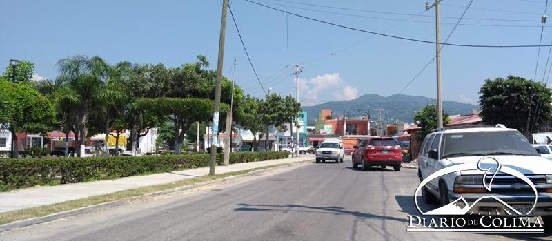 Sobre la avenida Tucanes, en el parque del Barrio V del Valle de las Garzas, un grupo de nuevos concesionarios de taxis pretende instalar un ala de sitio, para brindar servicio a los usuarios.