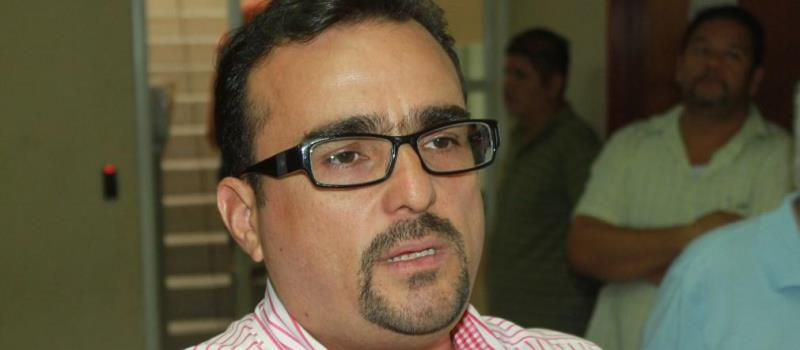 Magistrado presidente del TEE, Guillermo Navarrete Zamora.