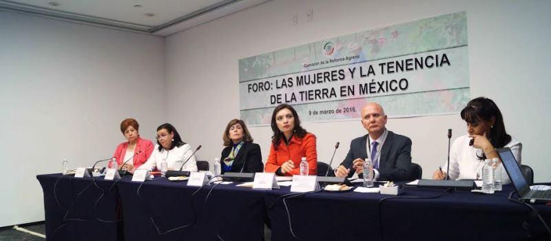 El Foro Las Mujeres y la tenencia de la tierra en México se realizó en el Senado de la República en el marco de la conmemoración del Día Internacional de la Mujer.