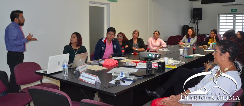 """Aspecto del curso """"Nuevas Masculinidades"""" que se impartió a personal del Instituto Electoral del Estado, como parte de los trabajos agendados en la Comisión de Equidad, Paridad y Perspectiva de Género del IEE."""