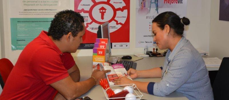 Las y los más de 3 mil 500 trabajadores de la Delegación del IMSS en Colima interesados en consultar alguno de los servicios que ofrece INFONAVIT podrán hacerlo desde el módulo que se habilitó en las Instalaciones de la oficina de Prestaciones al Personal.