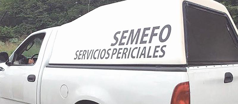 Los cuerpos de dos hombres ejecutados fueron localizados ayer por la mañana, entre la maleza sobre la calle Zaragoza, de Cerro de Ortega, en Tecomán.