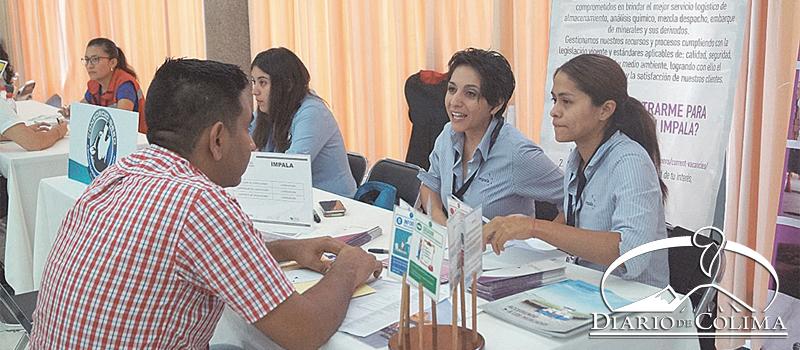 Con la participación de 35 empresas y 491 vacantes ofertadas, el Gobierno del Estado y el Servicio Nacional de Empleo Colima (SNE) realizaron la Feria Nacional de Empleo para Jóvenes Manzanillo 2017.